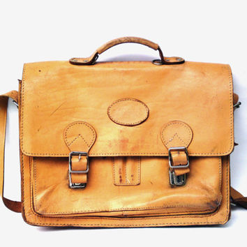 Best Men's Rugged Leather Messenger Bag Products on Wanelo