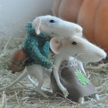 Halloween mouse, needle mouse, felt mouse, family mouse,felt miniature,couple mice,needle animal,soft figurine,stuffed animal,tender mouse