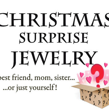 Surprise Jewelry  - Set of 4 - Bracelet - Necklace - Keychain - Sister - Friend - Mom Gift - Christmas Gifts