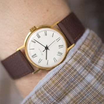 Men's watch wristwatch Russian gold plated AU classical style watch round mint condition premium leather