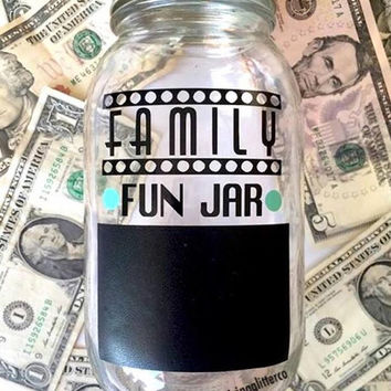 Family Fun Jar // Mason Jar Bank