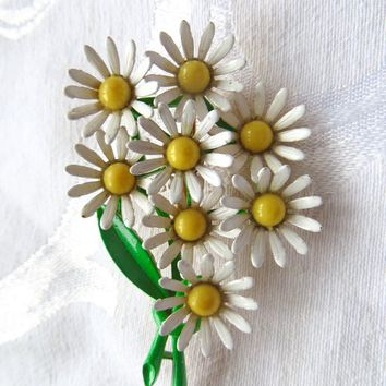 Vintage Weiss Daisy Brooch Enamel Daisy Bouquet Pin Vintage Floral Jewelry  1960s Flower Power