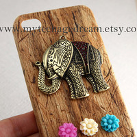 iPhone 5 case, Case for iphone 5, iPhone 5 Hard Case,vintage style elephant charm
