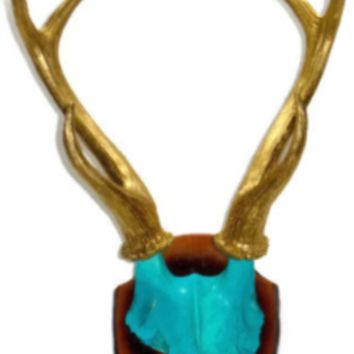 Antlers: Gold - Mount: Turquoise