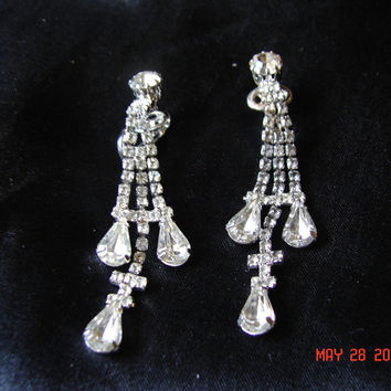 Vintage Clear Rhinestone Long Dangling Pronged Clip On Wedding Evening Earrings