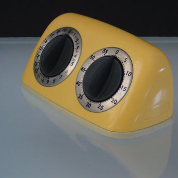 Dual Kitchen Timer Amco Two Timer 1960s Vintage Retro Yellow  Cook Buzzer Grandmas Kitchen