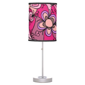 Cute hearts and flowers pattern table lamp