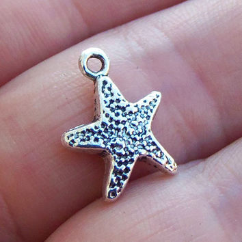 12 Starfish charms in silver tone, buy by the piece after that ~ F266