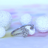Lovely White Gold Plated Heart-shape Ring/  Small But Beautiful Enough To Express Your Purity