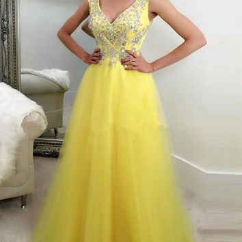 New Yellow Patchwork Sequin Draped Grenadine Condole Belt V-neck Sleeveless Elegant Maxi Dress
