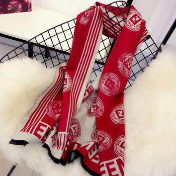 onetow One-nice? Perfect FENDI Women Fashion Winter Accessories Sunscreen Blanket Cape Scarf Scarves