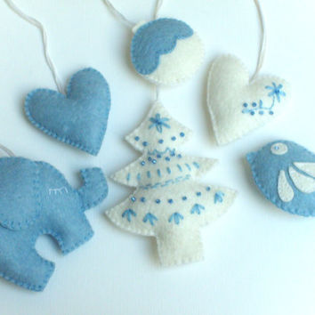 Felt ornament pack - set of 6 - Heart ornaments - white and blue - Valentine's day/Birthday/Christmas/Housewarming home decor