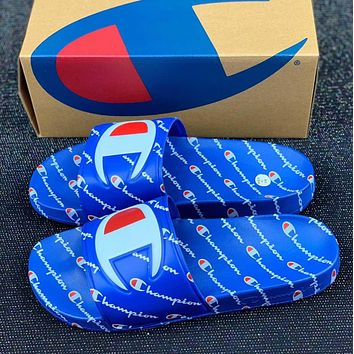 Champion Lots and lots of logo slippers