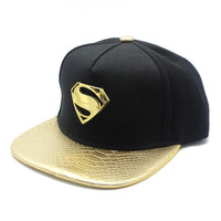 2015 Chic superman golden S street adjustable snapback baseball cap flat hat hip-hop cap skateboard cap unisex gold brim = 1946089284