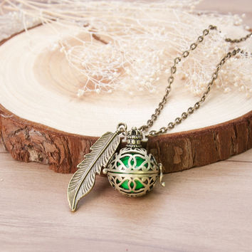 DoreenBeads Pregnancy Baby Wish Box crown Feather Pendants antique bronze with green sounding beads Fashion Necklace 77cm 1 PC
