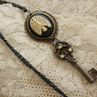 Game of Thrones Necklace - KALEESI Daenerys Targaryen's Dragon Tear & Key Necklace