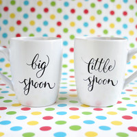 "Hand painted pair of funny mugs with text ""little spoon"" & ""big spoon"""