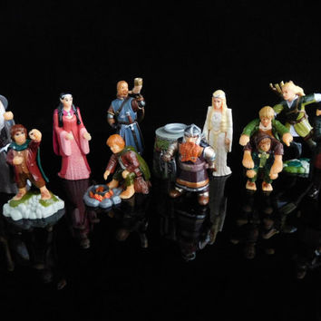 Vintage Toys, Collectible, The Lord of the Rings, SET I, Gandalf, Hobbit, Gift, Complete Series of 10 Figures, KINDER Surprise Figurines