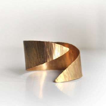 Ancient Greek Inspired brass Cuff-Gold Plated- Grecian Style Bracelet-Hammered-Minimal Design -Bronze