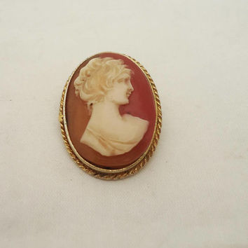 Vintage Signed Sphinx Cameo Brooch, Cameo Brooch, Sphinx Cameo Brooch, Resin Cameo Brooch, Signed Brooch