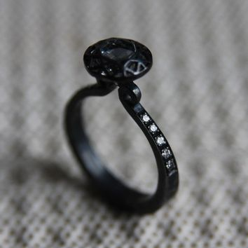 Like Diamond Ring (Gothic)