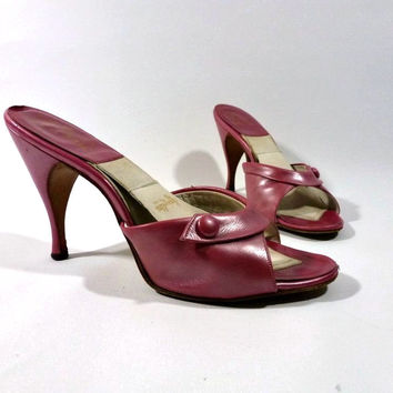 Vintage 50s Springolator Mules Shoes by Ferncraft / Kitten Heel / Pearly Raspberry Pink