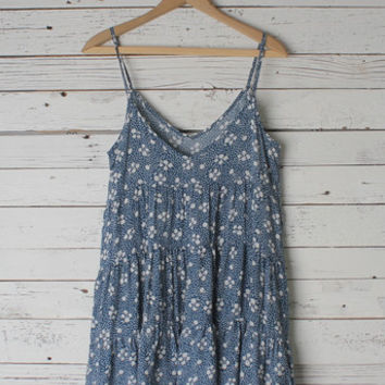 Veronique Floral Dress - LOVE JUNKEE