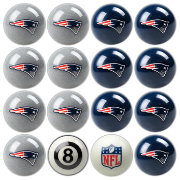New England Patriots NFL 8-Ball Billiard Set
