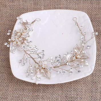 ONETOW Exquisite Gold Flower Leaf Crystal Pearls Wedding Hair Vine Headband Bridal Headpiece Hair accessories