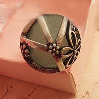 Hollow Carving Silver Ring [AR0055] - $8.90 :
