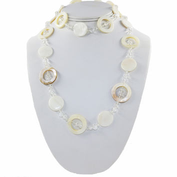 Sea shell and beads long casual necklace