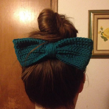 Crochet Hair Bow / Bow Hair Clip / Huge Hair Bow / Womens Hair Bow / Girls Hair Bow / Fashion Hair Bow