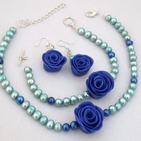 Pearl Rose Set with Hand Sculpted Blue Roses from Polymer Clay & Aqua Freshwater Pearls, Wedding Jewelry, Bridal Jewellery