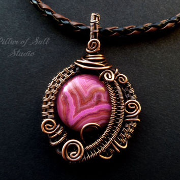 Wire wrapped pendant, Wire Wrapped jewelry handmade, copper jewelry, wire jewelry, pink crazy lace agate, earthy jewelry woven wire jewelry