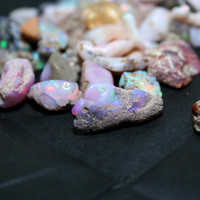 Ethiopian Welo Opal Rough 10 cts Pink by SerendipityGemstones