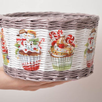 Handmade decorations paper basket woven basket Christmas decorations cool gifts