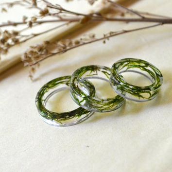 Real Moss Delicate Resin Rings