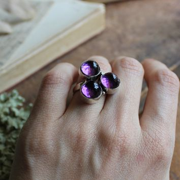 Size 7.5 - Super Faceted Purple Orb Silvertone Ring