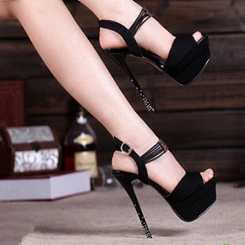 Fashion cingulate waterproof high heels