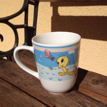 Tweety Bird Mug Cup Looney Tunes by Gibson, Tweety Bird Collectible Mug, Kids Tea Cup, Kids Mug, Kids Room Decor, Kids Decor, Warner Bros