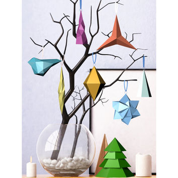 Printable DIY template (PDF). Christmas decorations Low poly style