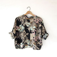 Vintage floral shirt. Cropped tropical shirt. Button up safari shirt. Quarter sleeve top.