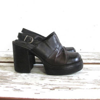 vintage 90s chunky tall platform sandals. dark brown patchwork sandals. womens shoes size 8.5