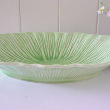 Crown Ducal  vintage 1940's dish, Green dish, Green bowl, Green china dish, fruit dish, Trinket dish, Apple green dish