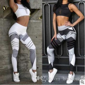 Europe and the United States Sports Fitness Print Slim Yoga Hip Bottom Trousers Fashion Exquisite temperament Sports Fitness