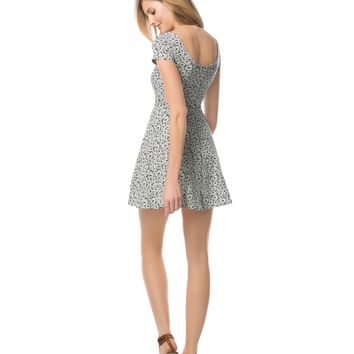Daisy Scoop Neck Dress