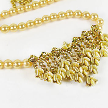 Vintage Amber Rhinestones Faux Pearl Necklace / Vintage Wedding Necklace - Collier Strass.