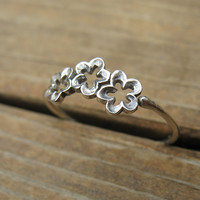 Stacking Ring Silver Three Flowers