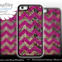 Monogram Iphone 5C case Camo Pink Sparkle Chevron iPhone 5s iPhone 4 case Ipod 4 5 Real Tree Personalized Country Girl *Not Actual Glitter