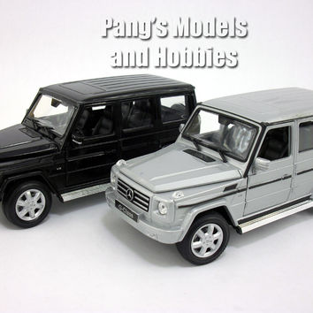 Mercedes G-Class / G-500 G500 1/24 Diecast Metal Model by Welly